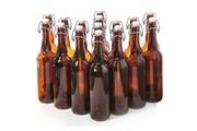Бутылка коричневая с бугельной крышкой 0,75